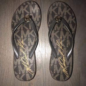 Michael Kors Flip Flops -9M